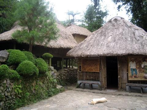 tam-awan village