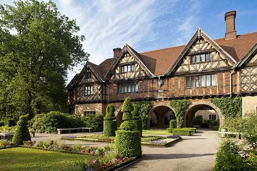 Außenansicht hinten, relexa Schlosshotel Cecilienhof Potsdam