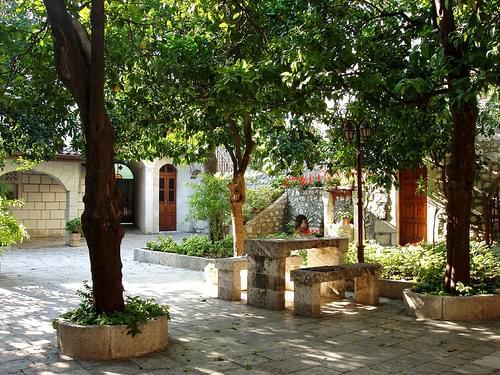 antakya RC courtyard
