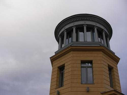 Linköping, Aussichtsturm im Park