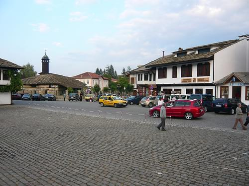Square in Tryavna / Площад в Трявна