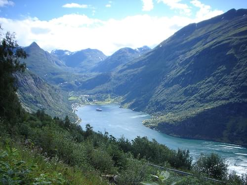 geirangerfjord in technicolor