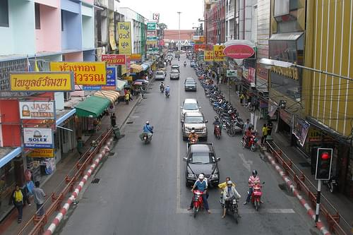 Streets of Nakhon Si Thammarat (2007-03-625)