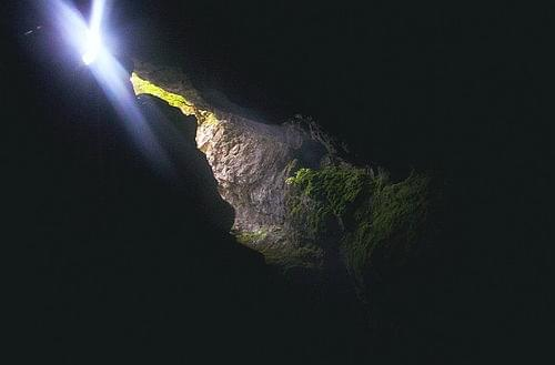Devil's Throat Cave