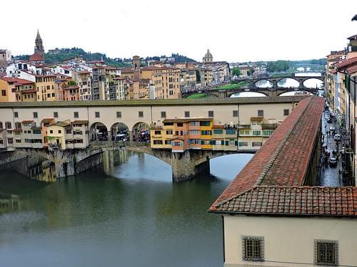 Arno, Vasari corridor & Ponte Vecchio, Florence