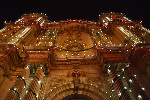 Feast of St. Paul's Shipwreck; church adorned for the evening celebration, Valletta