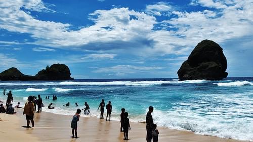 Goa Cina Beach