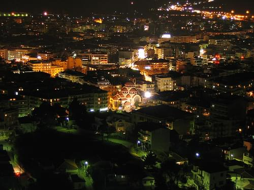 Serres by night