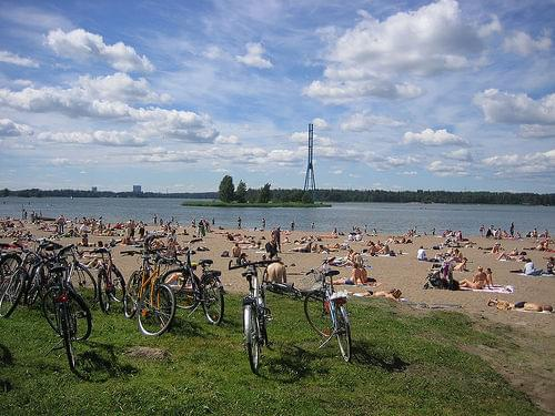 sunbathing bikes