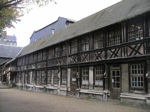 IMGP2524 20071109 Aitre St Maclou Rouen France