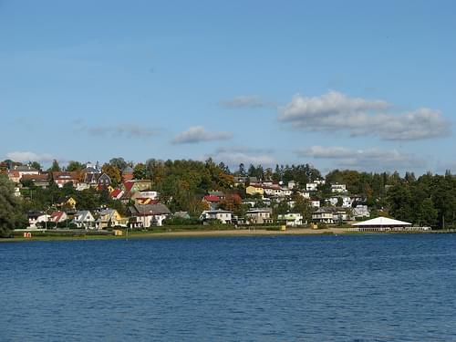 Vaade Viljandi järvelt linnale-1