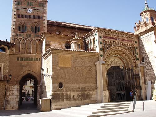 Teruel. Entrada catedral
