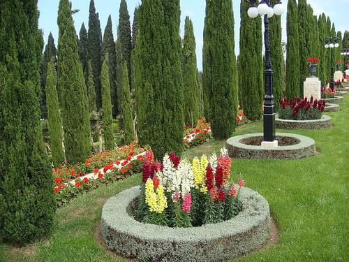 In Bahai Gardens Akko