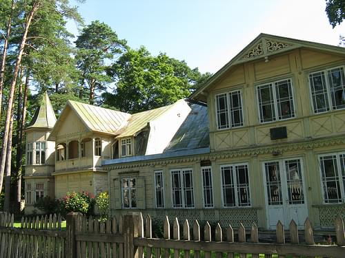 Beautiful houses in Jurmala