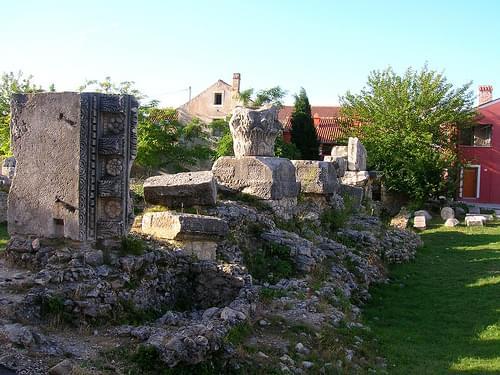Roman ruins in Nin