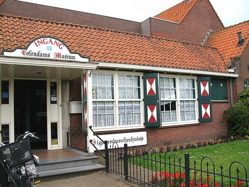 at Volendam tourist office and museum