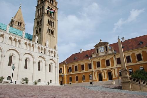 Pécs.La cathédrale St Pierre._10