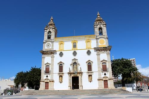 Carmo Church and Chapel of Bones, Faro