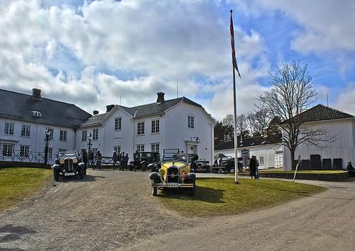 Rod Manor, Halden