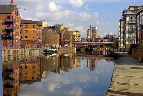 Leeds Canal 09