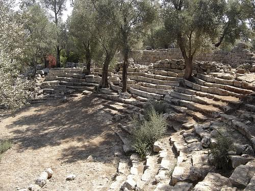 5,000 year old amphitheatre