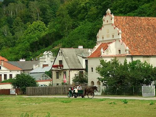 Kazimierz Dolny - spichrze nad Wisłą