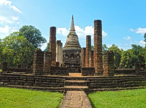 Wat Chang Lom - วัดช้างล้อม