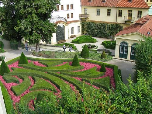 Looking down at a nice garden in Prague