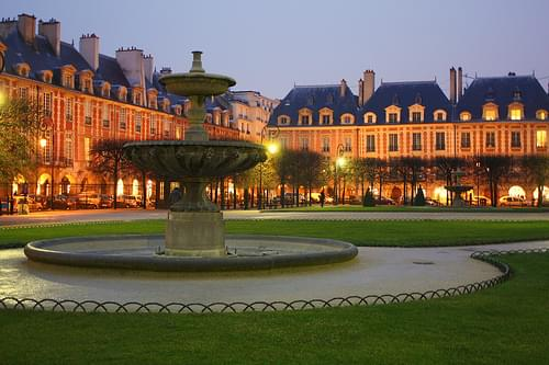 Place des Vosges, Paris