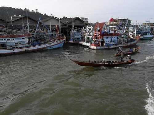 Le port de pêche de Chumphon