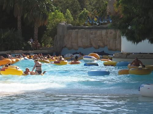 Waves in the water park