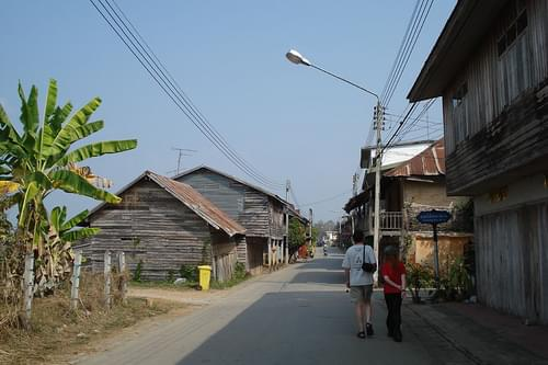Sleepy Chiang Khan street