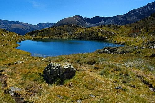 Tristaina Lakes Hikes