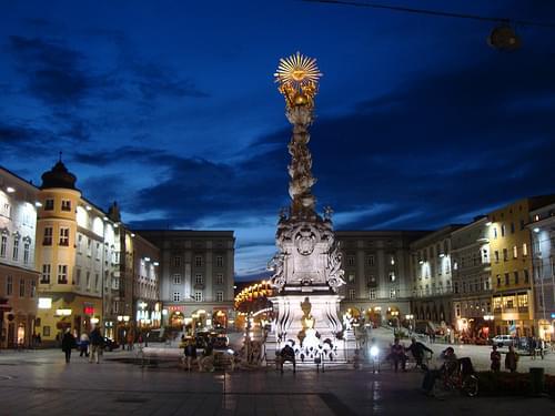 Der Hauptplatz in Linz  mit Dreifaltigkeitssäule