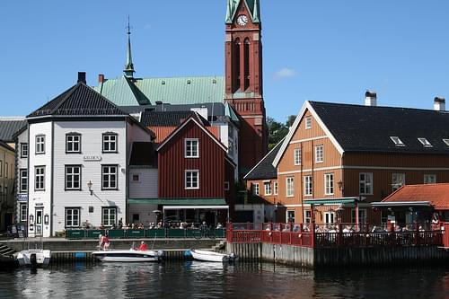 Tyholmen and Pollen, Arendal