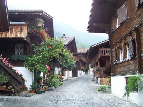 Swiss Houses in Brienz