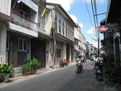 Nakhon Nai Road