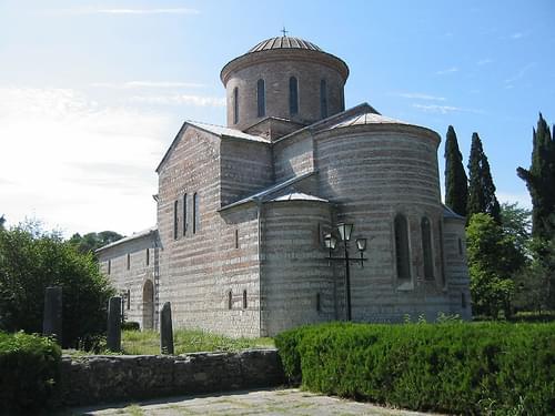 Pitsunda Cathedral (2004-06-044)