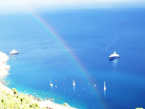 Rainbow-Arcobaleno-Arco Iris-Taormina-Sicilia-Italy - Creative Commons by gnuckx