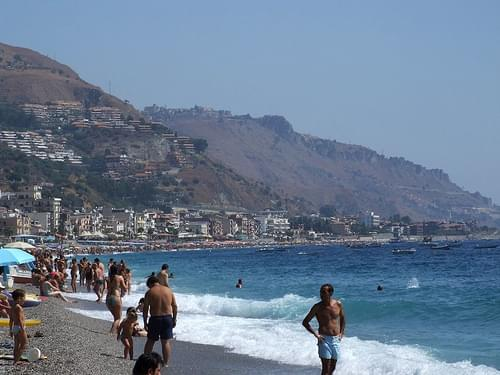Beach Taormina - Creative Commons by gnuckx
