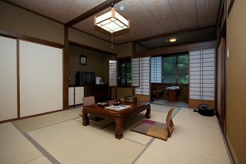 Ryokan Yarimikan (Japan)