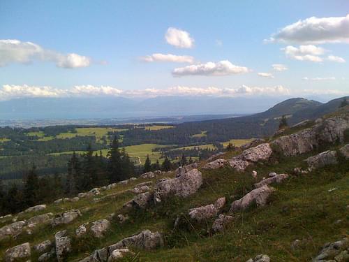 Dent de Vaulion est un sommet du Jura vaudois qui culmine à 1482