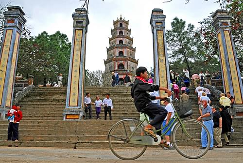 DGJ_1270 - Thien Mu Pagoda