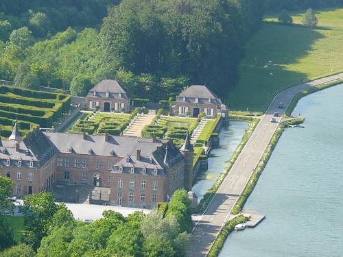DINANT (Chateau  de Freÿr)