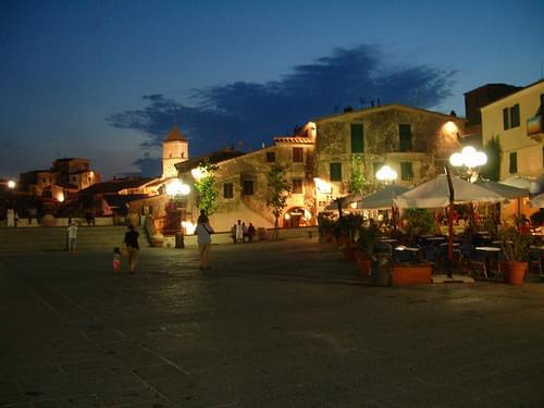 Small Towns, Elba Island
