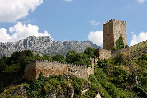 Yedra Castle / Castillo de la Yedra, Cazorla
