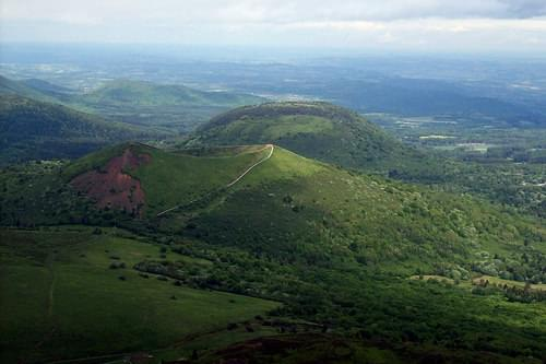 THE CRATER OF PUY PARIOU