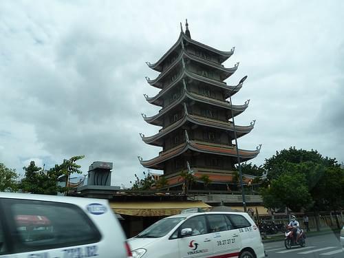Vinh Nghiem Pagoda, Saigon