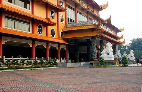 Maha Vihara Maitreya, Medan