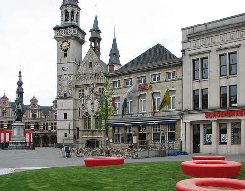 Oud-Schepenhuis met belfort, Aalst